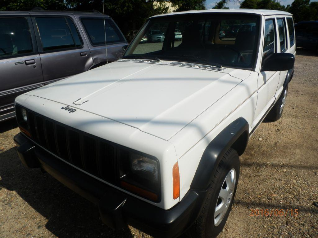 1997 JEEP CHEROKEE SPORT 4DR 4WD SUV white down payment is 80000 center consolepower steering