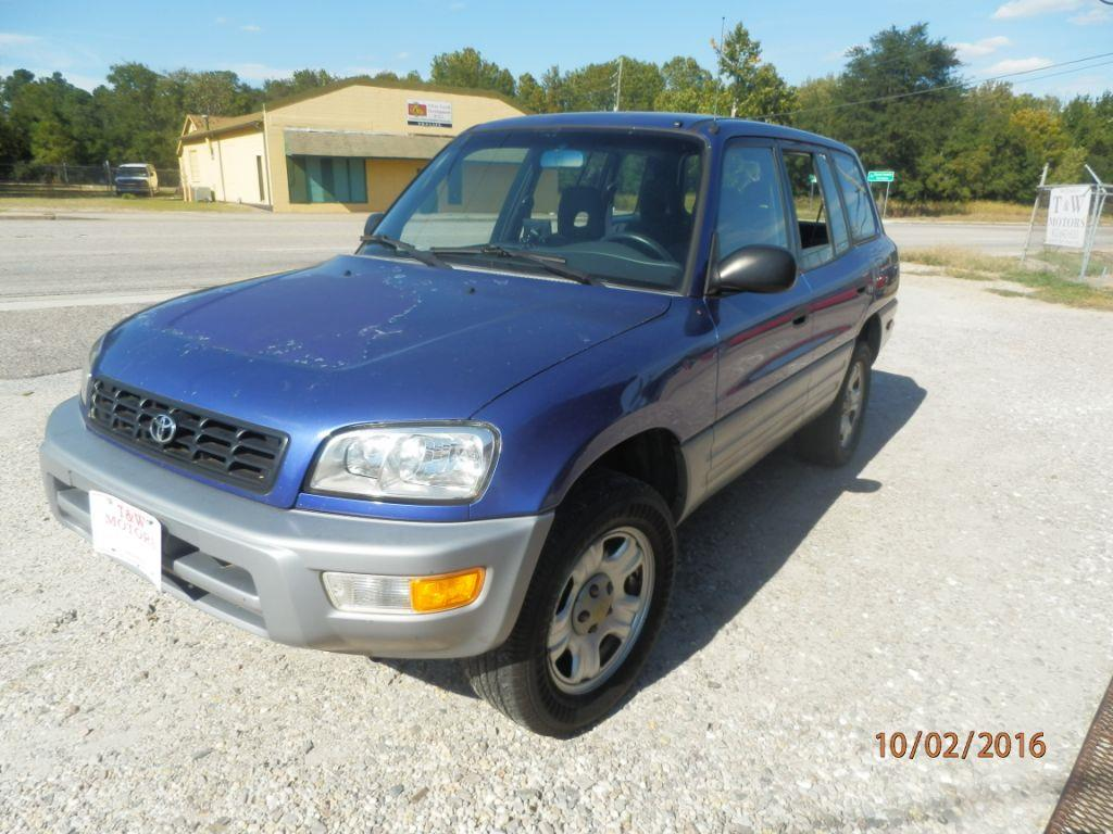 2000 TOYOTA RAV4 blue down payment 150000 monthly payment 22500  cash price 349500 plus sa