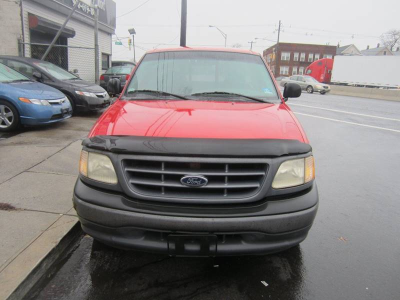 2001 Ford F-150 for sale at Cali Auto Sales Inc. in Elizabeth NJ