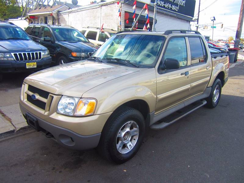2003 ford explorer sport trac 4dr xlt 4wd crew cab sb in elizabeth nj cali auto sales inc. Black Bedroom Furniture Sets. Home Design Ideas