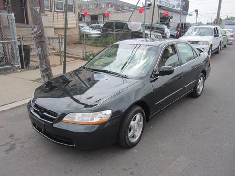 2000 Honda Accord for sale at Cali Auto Sales Inc. in Elizabeth NJ
