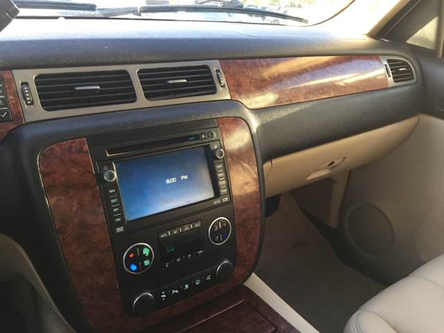 2008 Chevrolet Avalanche 4x4 LTZ 4dr Crew Cab SB - Lubbock TX