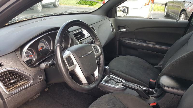 2012 Chrysler 200 Touring 4dr Sedan - Cookeville TN