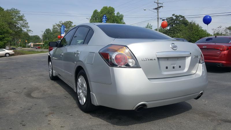 2009 Nissan Altima 2.5 S 4dr Sedan 6M - Cookeville TN