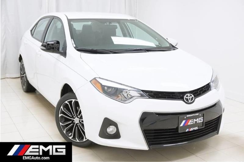 2015 Toyota Corolla S w/ rearCam
