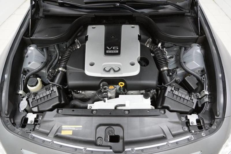 2015 Infiniti Q40 Base AWD 4dr Sedan