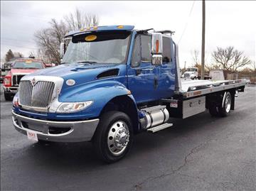 2017 International 4300 Ext. Cab