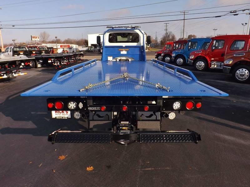 2017 International 4300 Ext. Cab Rollback  Reduced $2000!! - Kenton OH
