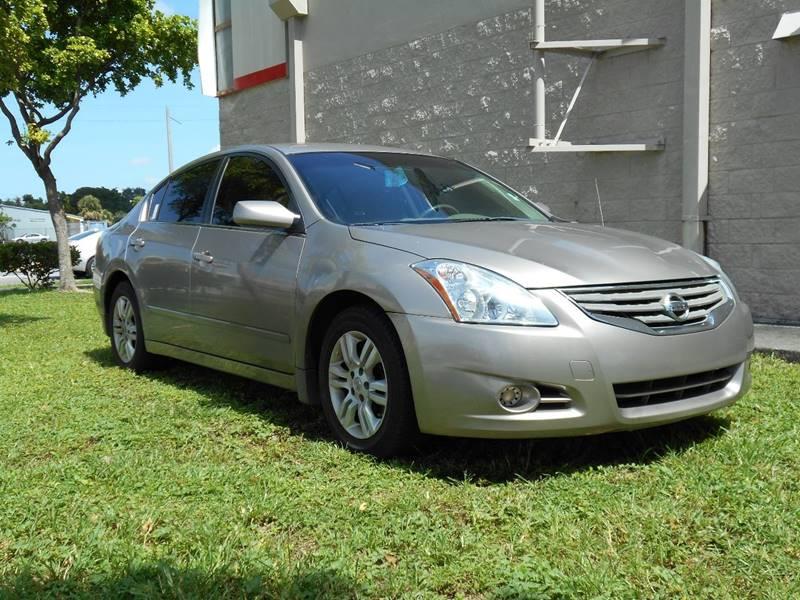 2012 Nissan Altima 2.5 S 4dr Sedan   Miami FL