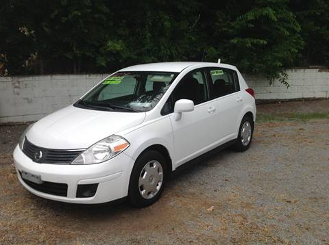 2009 Nissan Versa for sale at GIB'S AUTO SALES in Tahlequah OK
