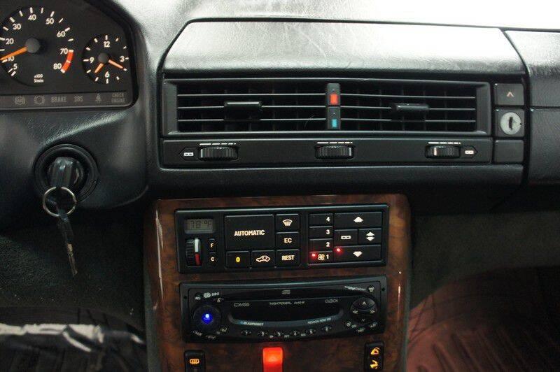 1991 Mercedes-Benz 300-Class 300 SL (image 18)
