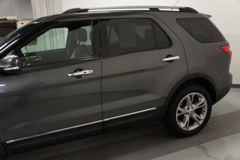 2015 Ford Explorer Limited (image 4)