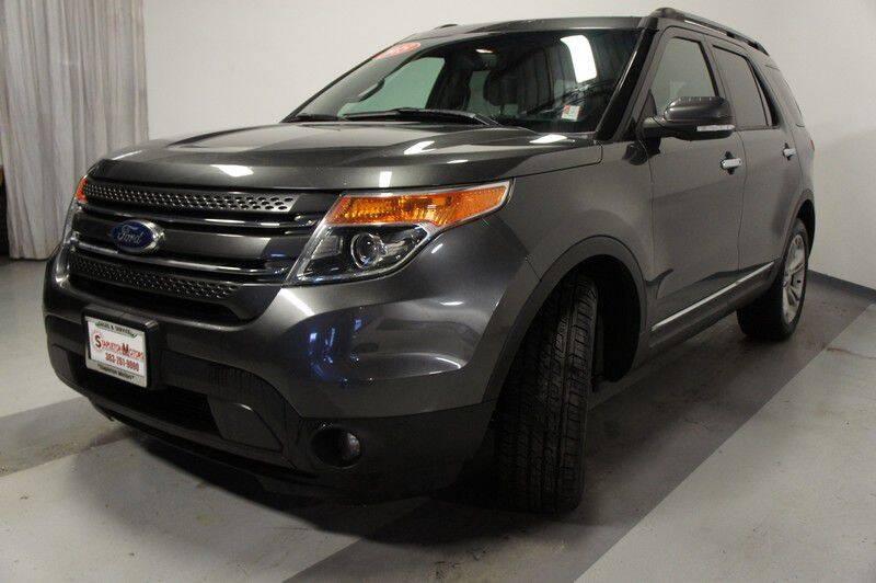 2015 Ford Explorer Limited (image 3)