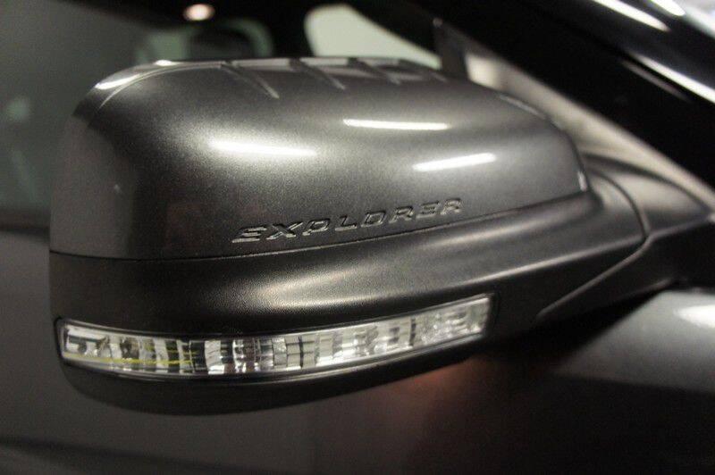 2015 Ford Explorer Limited (image 42)