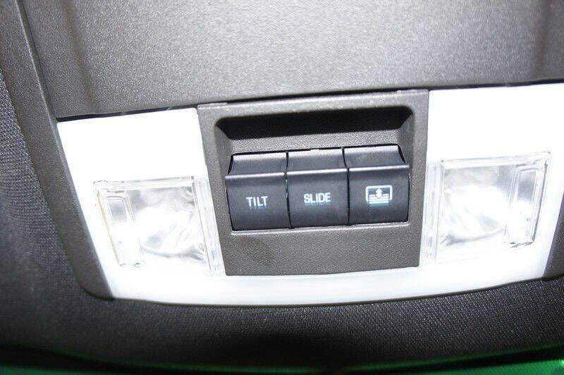 2015 Ford Explorer Limited (image 26)