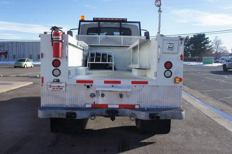 2004 International WorkStar 7400 (image 5)