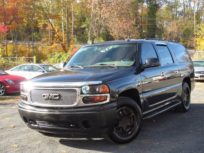2004 GMC Yukon XL for sale at Divan Auto Group in Feasterville PA