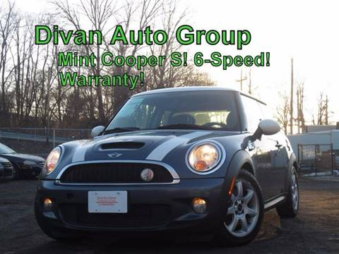2009 MINI Cooper for sale at Divan Auto Group in Feasterville PA