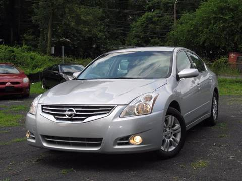 2011 Nissan Altima for sale at Divan Auto Group in Feasterville PA