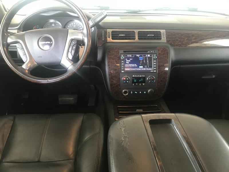 2007 GMC Yukon XL for sale at Destin Motors in Plano TX
