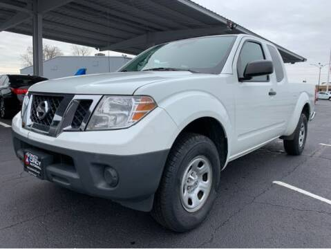 2014 Nissan Frontier for sale at Dixie Motors in Fairfield OH
