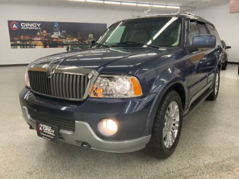 2003 Lincoln Navigator for sale at Dixie Motors in Fairfield OH