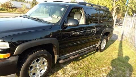 2003 Chevrolet Suburban for sale in Mount Morris, MI