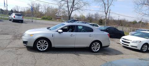 2009 Lincoln MKS for sale at Superior Motors in Mount Morris MI