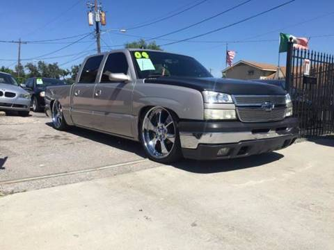 2004 Chevrolet Silverado 1500 for sale at Yari Auto Sales in Houston TX