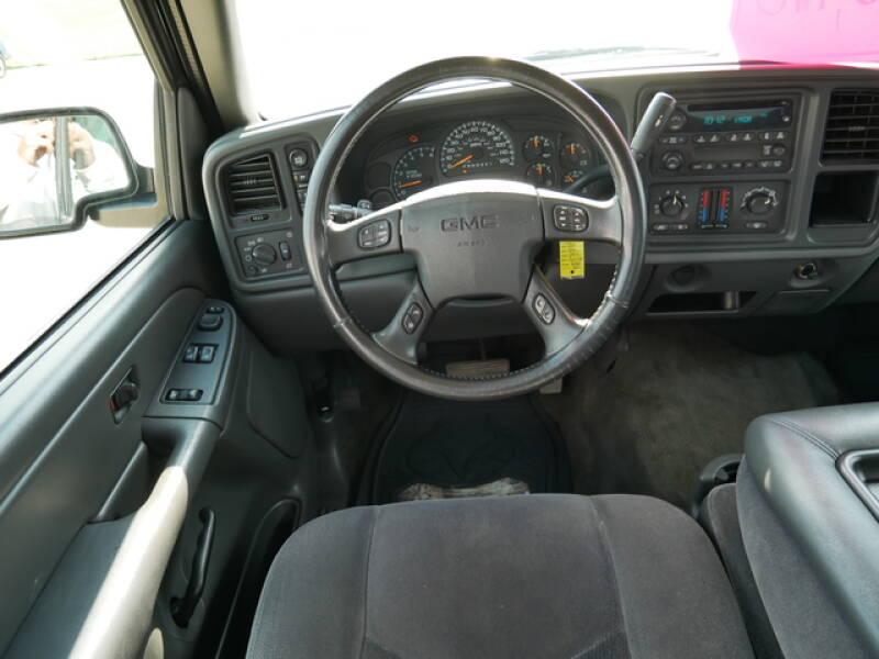 2006 GMC Sierra 1500  - Montevideo MN