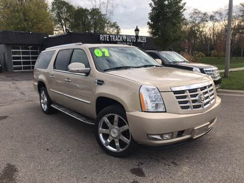 2007 Cadillac Escalade ESV for sale in Canton, MI