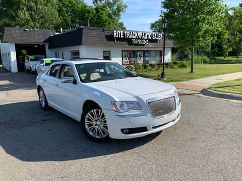 2011 Chrysler 300 for sale in Canton, MI