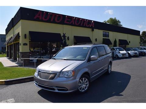2013 Chrysler Town and Country for sale in Red Bank, NJ