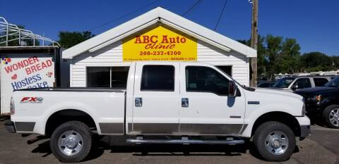 2006 Ford F-250 Super Duty for sale at ABC AUTO CLINIC - Chubbuck in Chubbuck ID