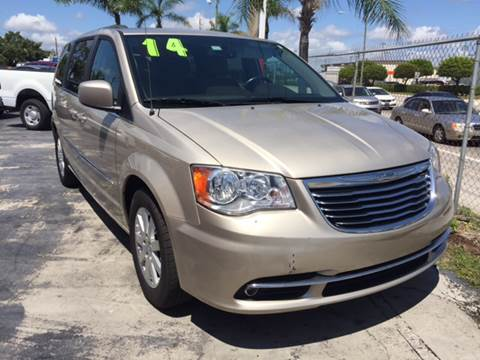 2014 Chrysler Town and Country for sale in Lake Worth, FL