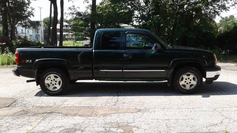 2005 Chevrolet Silverado 1500 4dr Extended Cab Z71 4WD SB - Massillon OH