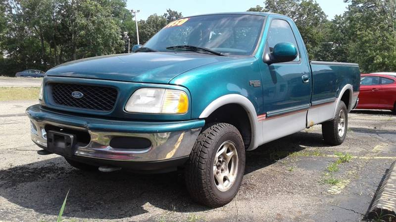 1997 Ford F-150 2dr 4WD Standard Cab LB - Massillon OH