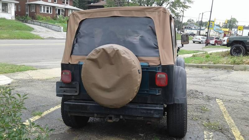 1998 Jeep Wrangler 2dr SE 4WD SUV - Massillon OH