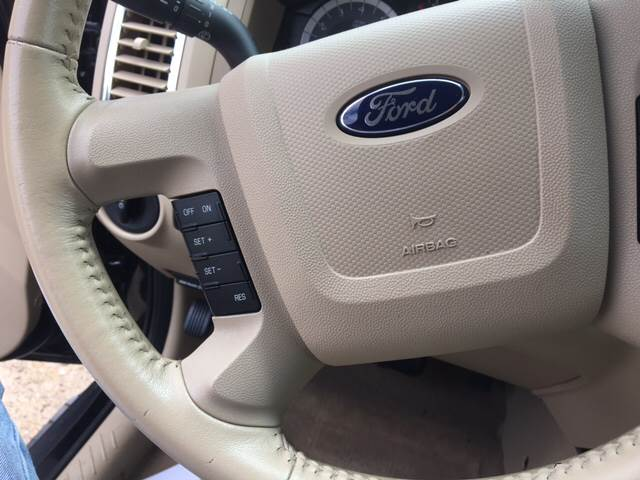 2010 Ford Escape AWD Limited 4dr SUV - Zanesville OH