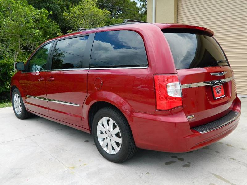 2016 Chrysler Town and Country for sale at Jeff's Auto Sales & Service in Port Charlotte FL