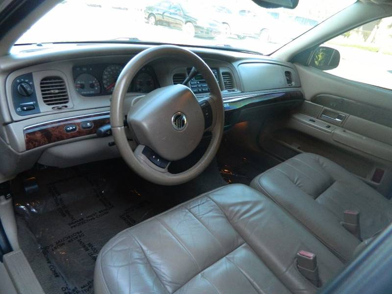 2005 Mercury Grand Marquis for sale at Jeff's Auto Sales & Service in Port Charlotte FL