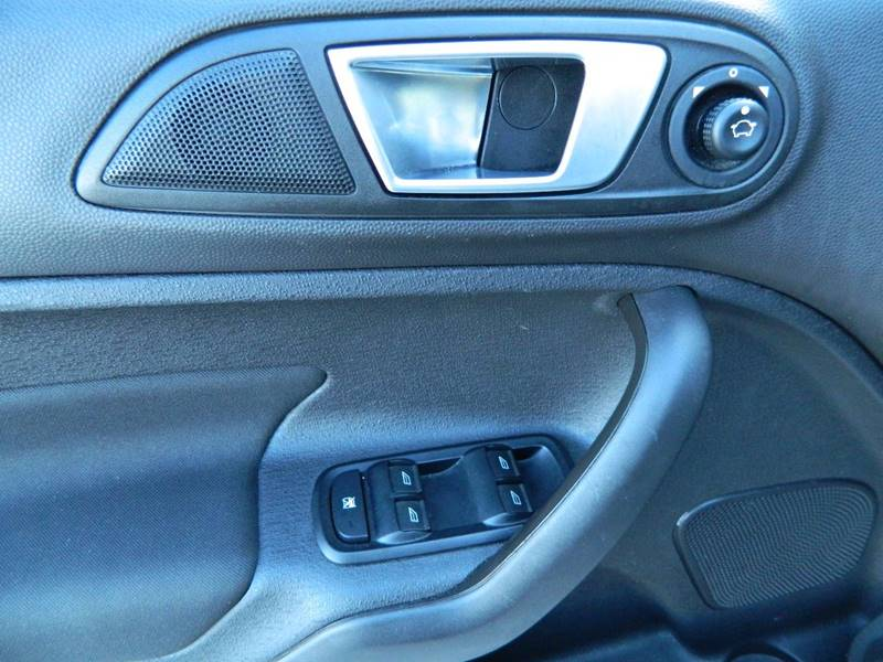 2015 Ford Fiesta for sale at Jeff's Auto Sales & Service in Port Charlotte FL