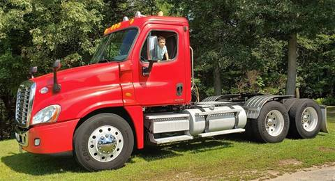 Freightliner Columbus Ne >> 2010 Freightliner Cascadia For Sale In Hopedale Ma