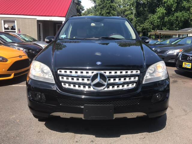 2006 Mercedes-Benz M-Class for sale at Edge Auto Sale Inc. in Sanford NC