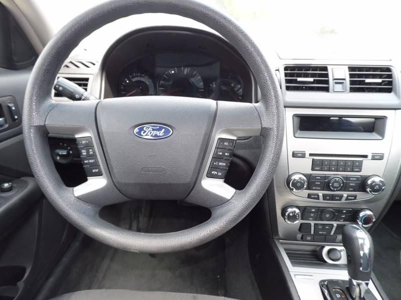 2012 Ford Fusion SE 4dr Sedan - Mount Pleasant IA
