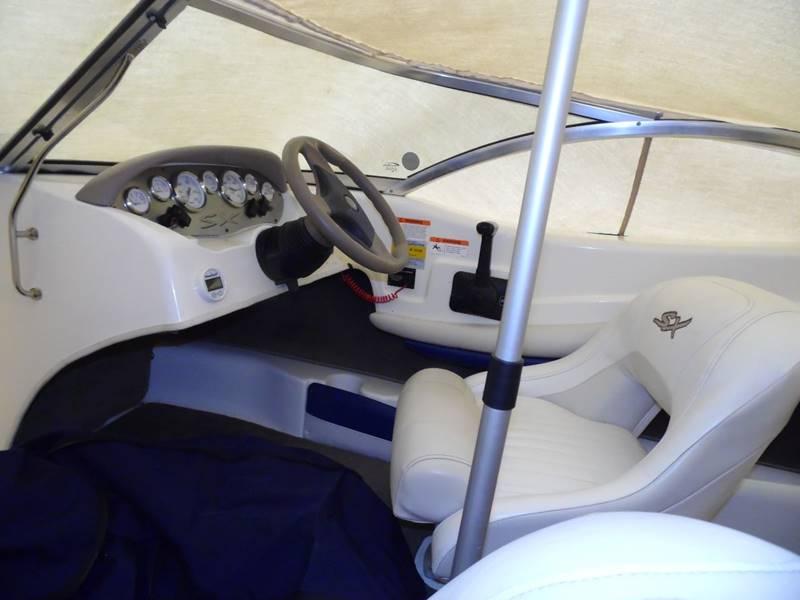 2004 GLADSTRON SX 195  - Mount Pleasant IA