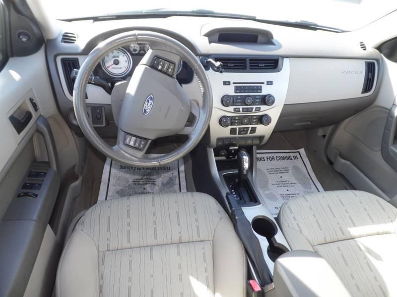 2009 Ford Focus SE 4dr Sedan - Mount Pleasant IA