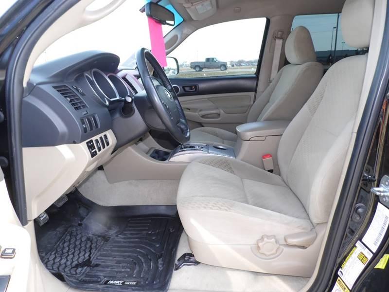 2011 Toyota Tacoma 4x4 V6 4dr Double Cab 5.0 ft SB 5A - Mount Pleasant IA