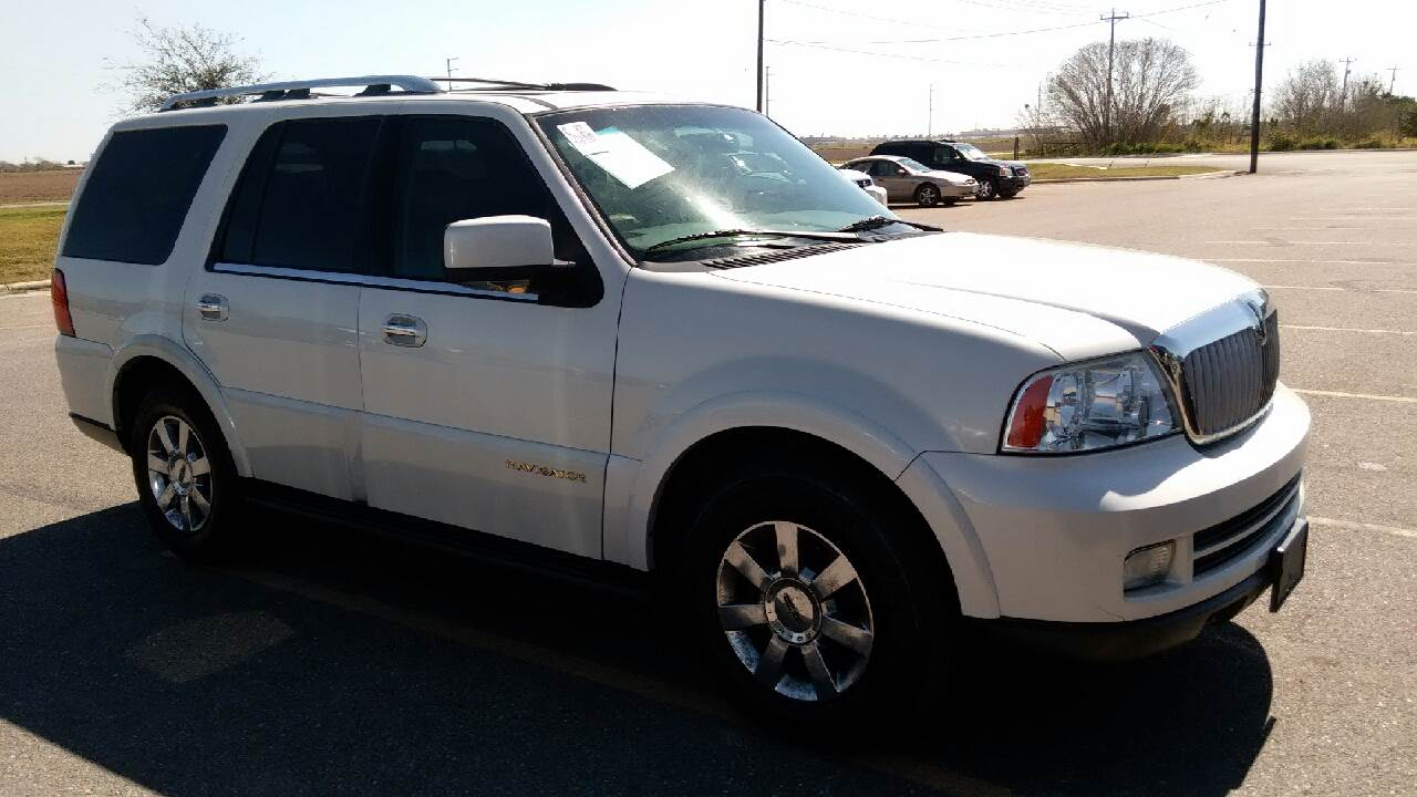 lincoln speed cars top navigator review