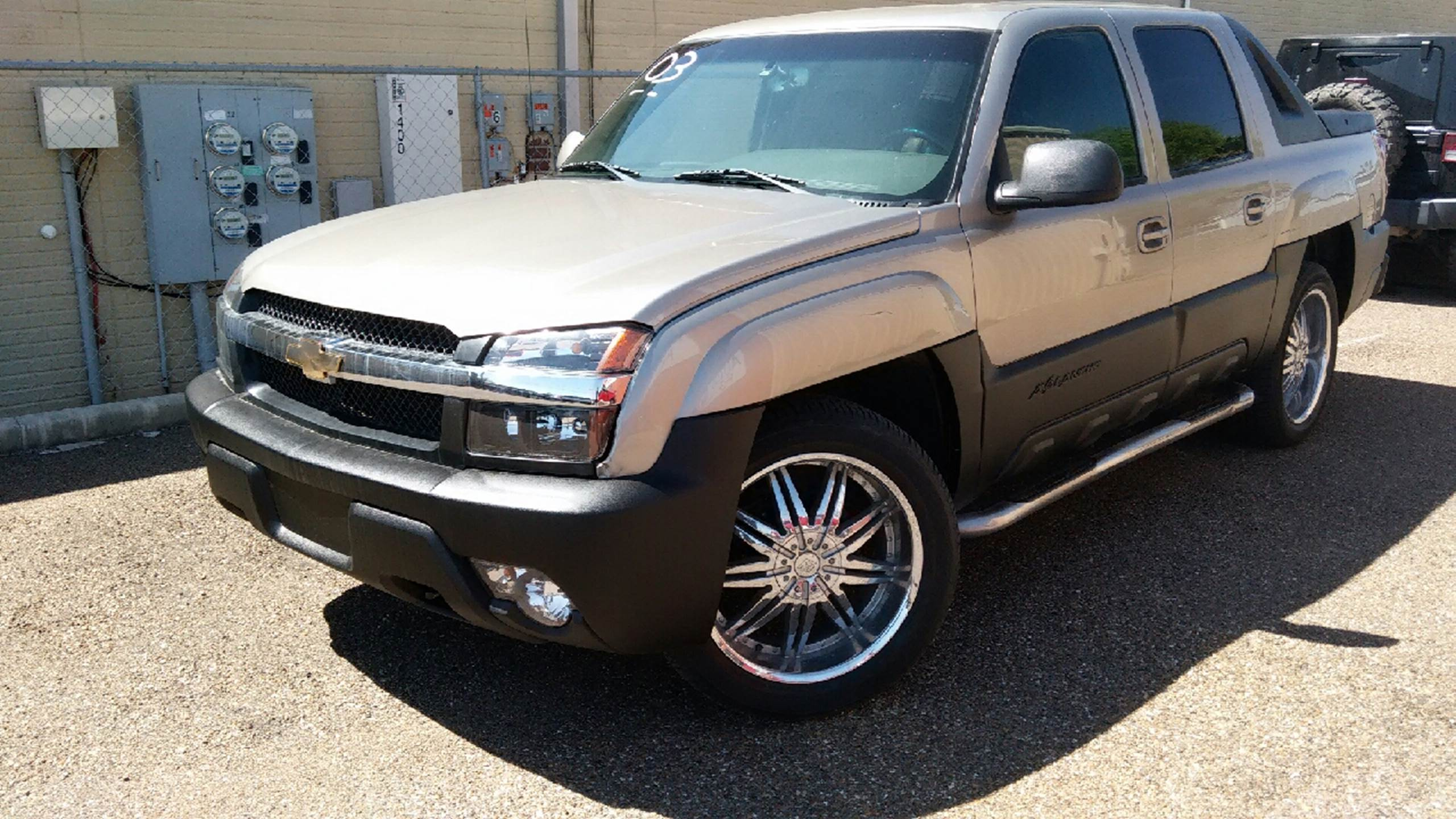 2003 Chevrolet Avalanche for sale at MC Autos LLC in Pharr TX